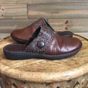 ⭐️ Born brown leather mule slide Size 9 ⭐️